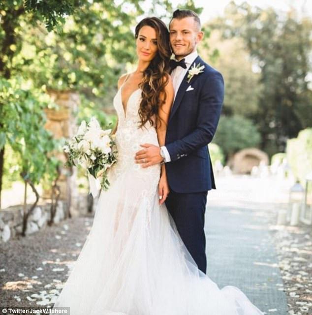 Hè 2017, mùa cưới của các sao bóng đá - ảnh 1