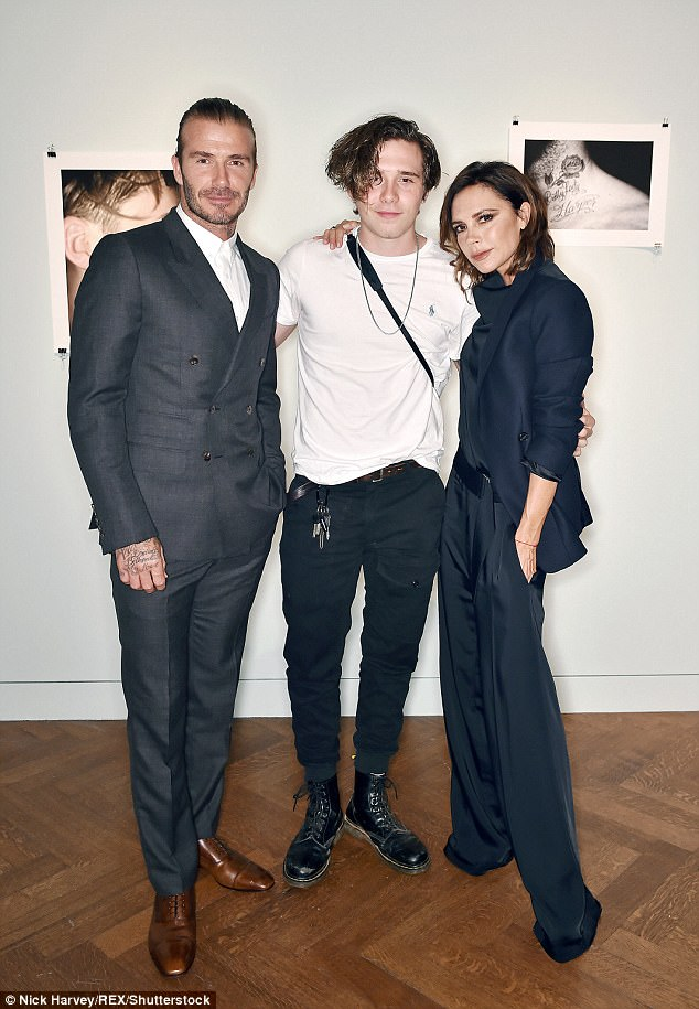 3 quý tử nhà Beckham ngày càng khôn lớn, nhưng ai là người đẹp trai giống bố nhất? - Ảnh 6.
