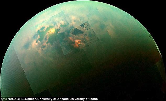 Titan - Mặt trăng của sao Thổ