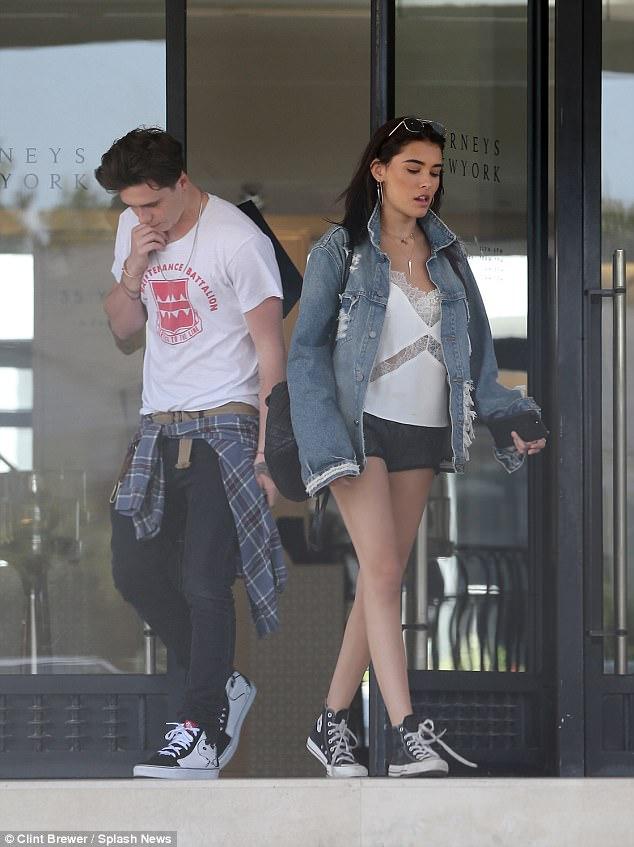Brooklyn Beckham xác nhận hẹn hò Madison Beer và đã giới thiệu bạn gái mới với Victoria - Ảnh 2.