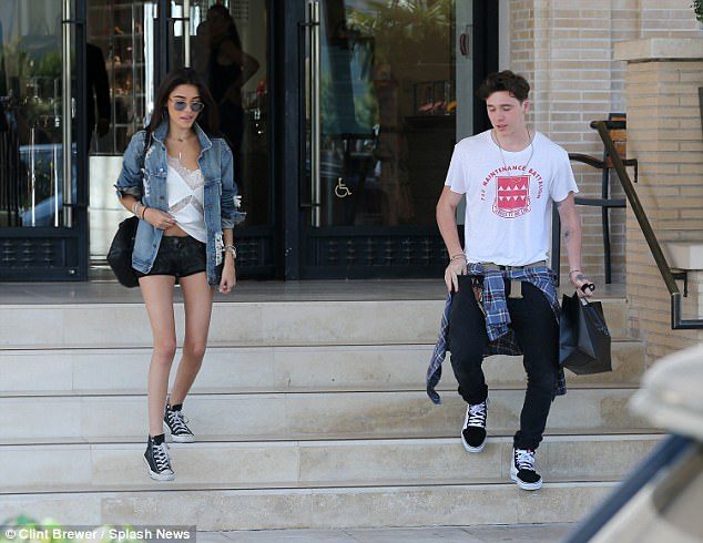 Brooklyn Beckham xác nhận hẹn hò Madison Beer và đã giới thiệu bạn gái mới với Victoria - Ảnh 5.