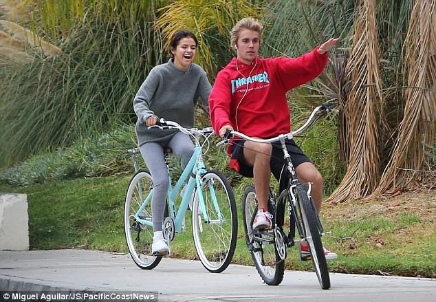 Đây là tình sử của Justin và Selena suốt 7 năm qua: Dài và dai chẳng kém Cô dâu 8 tuổi! - Ảnh 1.
