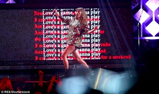 Taylor Swift khoe cặp đùi mật ong to ngang ngửa Beyoncé trên sân khấu trở lại - Ảnh 9.