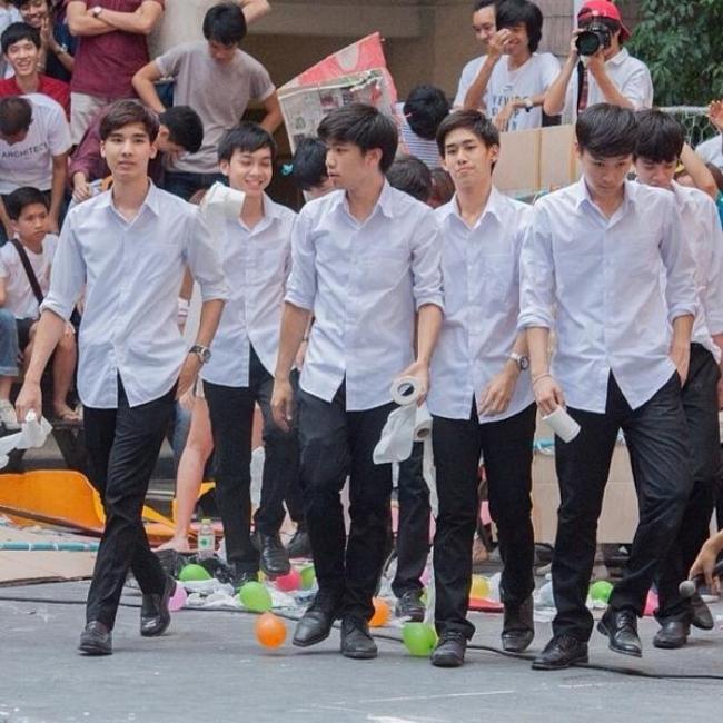 Dàn trai đẹp khiến các thiếu nữ phải xao xuyến trái tim của trường Đại học danh giá nhất Thái Lan - Ảnh 3.
