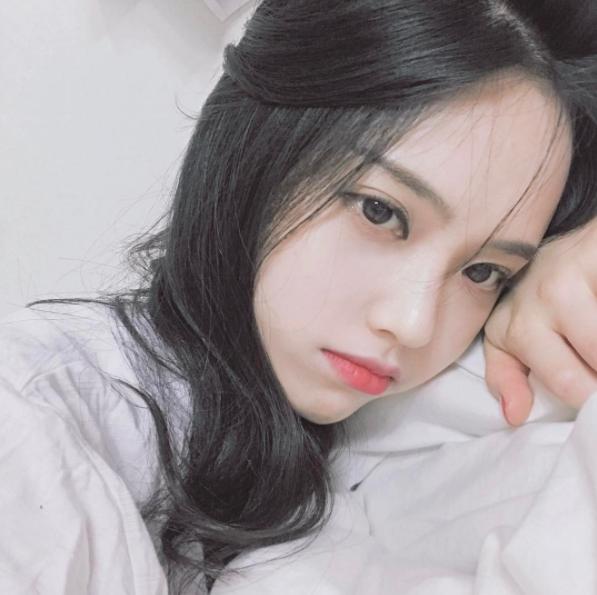 Cô nàng Hàn Quốc xinh đến nỗi khiến người ta thốt lên: Cô tiên là có thật! - Ảnh 4.