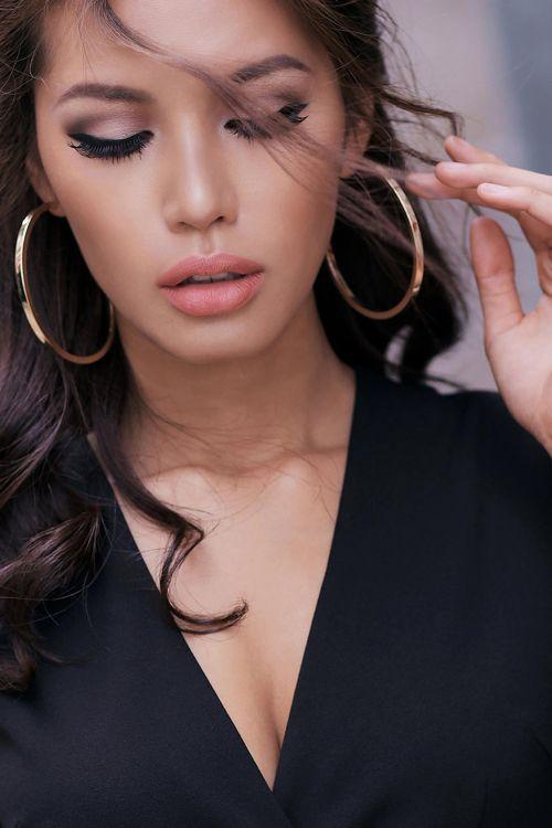 Sao Việt: Môi mỏng xưa rồi, giờ sao Việt cứ phải môi tều giống Kylie mới chịu cơ!