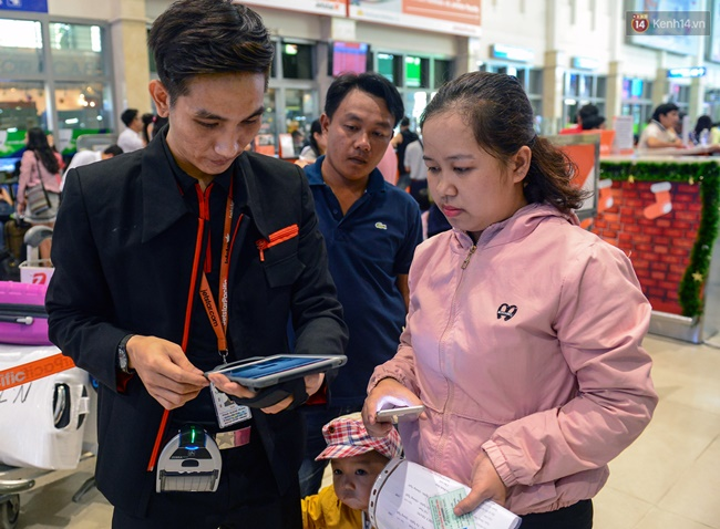 Check in lưu động, phân loại hàng khách làm thủ tục để giảm ùn tắc đường hàng không - ảnh 6