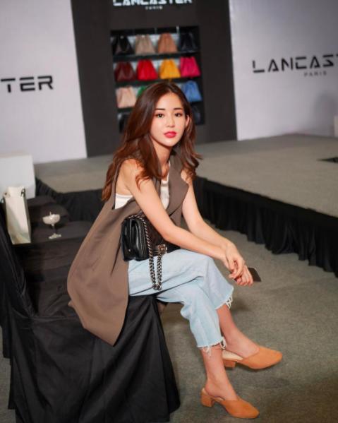 Hot girl số 1 Malaysia có khác, ăn gì mà mặt xinh - dáng chuẩn quá trời! - Ảnh 2.