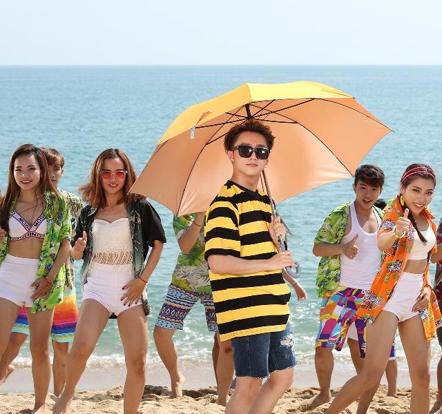 Sơn Tùng M-TP lại khiến Sky ngồi trên đống lửa khi hé lộ teaser đầy màu sắc cho MV mới - Ảnh 2.