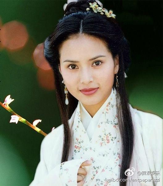 Bất ngờ trước nhan sắc của Tiểu Long Nữ đẹp nhất mọi thời đại sau 22 năm - Ảnh 5.