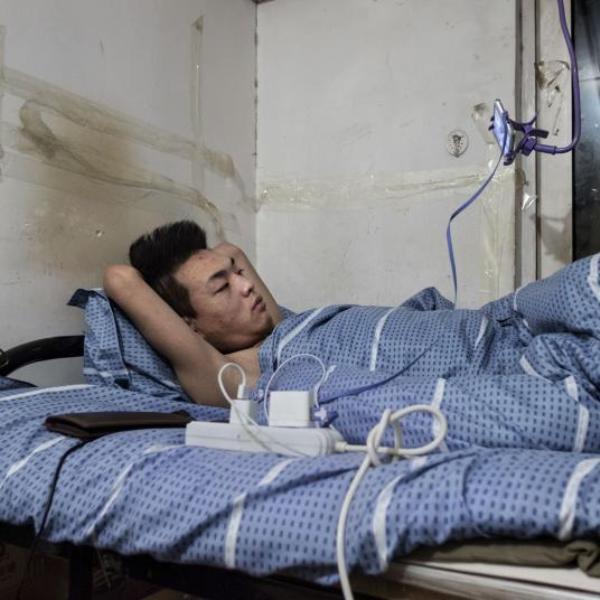 Cuộc sống bên trong thế giới ngầm tại Bắc Kinh - Ảnh 7.
