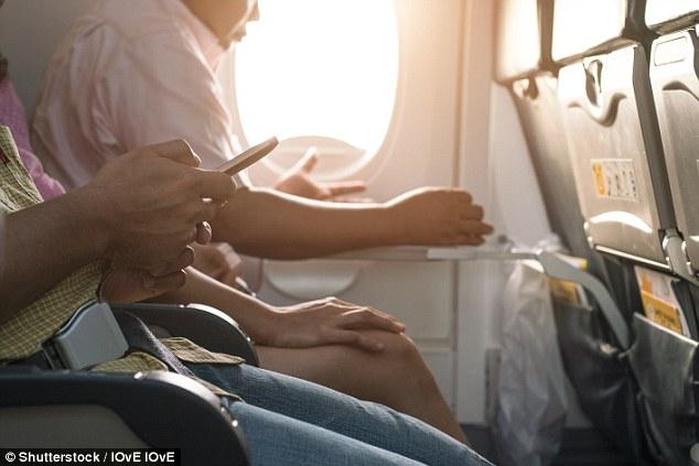 Đây là 10 điều các tiếp viên hàng không cực kỳ ghét ở hành khách đi máy bay - Ảnh 7.