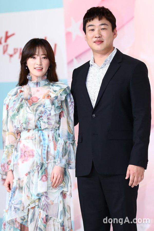 Hậu Third-Rate My Way, Park Seo Joon và Kim Ji Won sẽ kết hôn? - Ảnh 7.