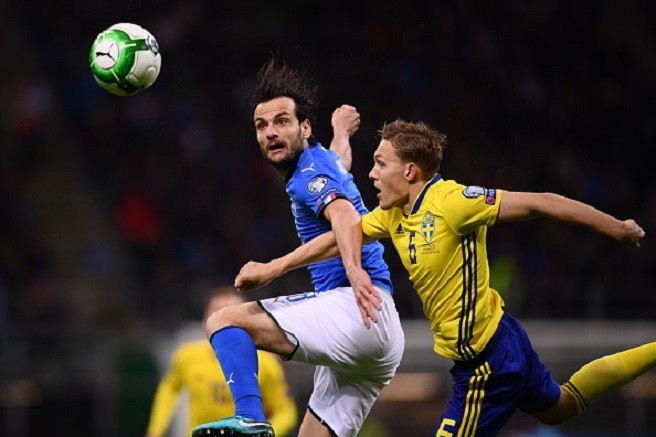 Sau 60 năm, lần đầu tiên Italia phải ngồi nhà xem World Cup - Ảnh 7.