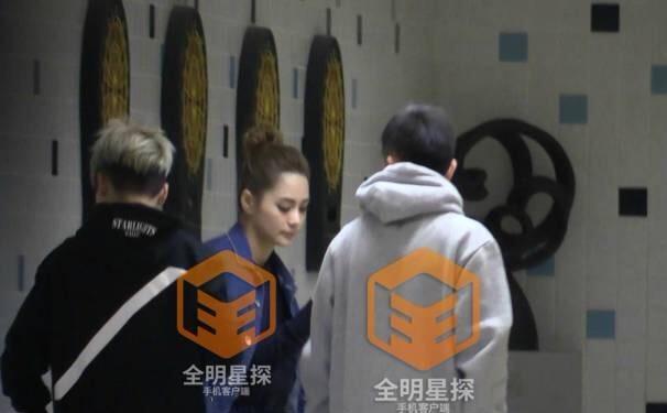 Chung Hân Đồng lộ ảnh hẹn hò với cậu ấm nổi tiếng đất Thượng Hải - ảnh 4