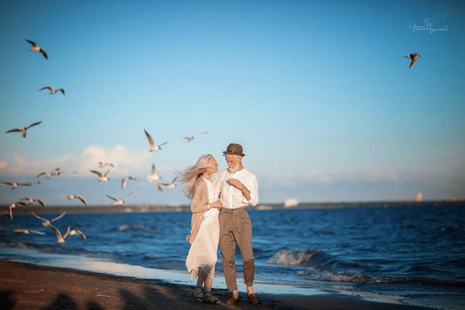 Cư dân mạng xuýt xoa với bộ ảnh Tình yêu vượt thời gian của cặp vợ chồng già - Ảnh 4.