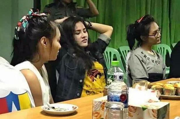 Nụ cười lạnh người và màn trang điểm khó hiểu của 3 nữ nghi phạm vụ giết người gây rúng động Thái Lan 3