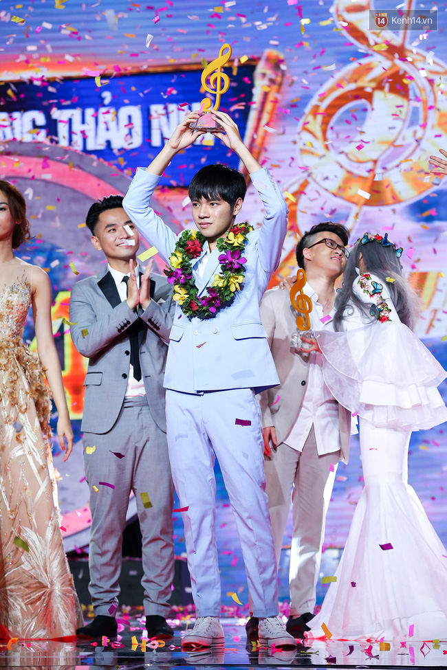 Hai cựu thí sinh Got Talent lần lượt đăng quang So You Think, Sing My Song - Ảnh 3.