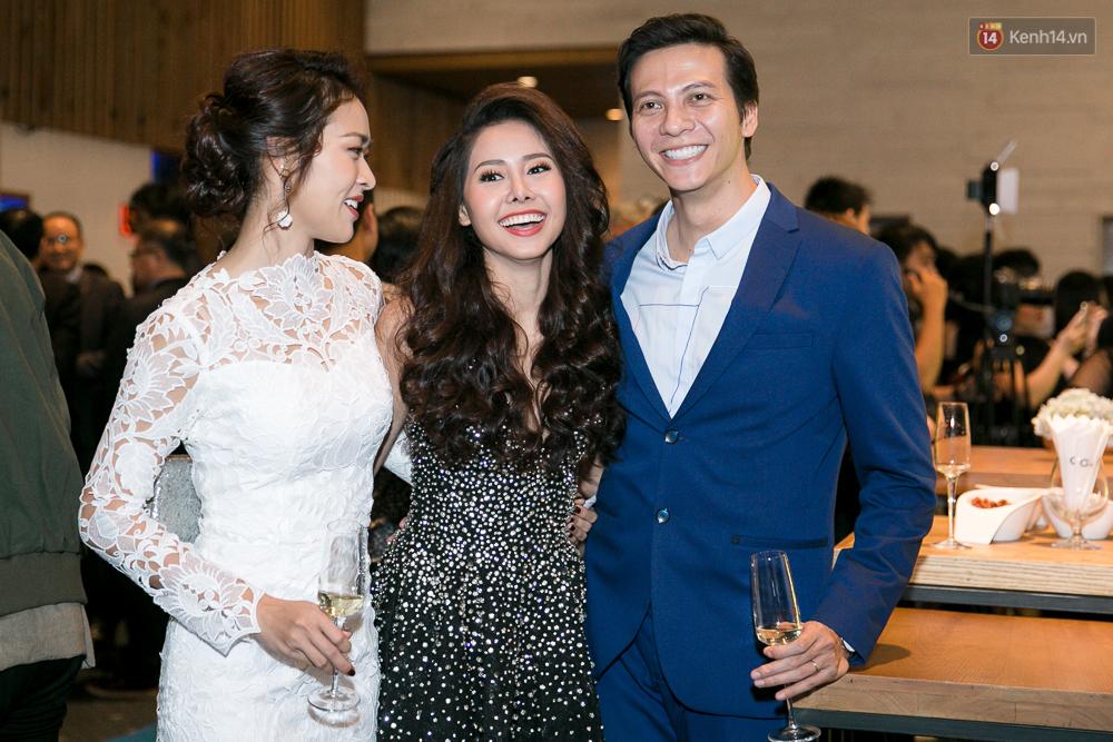 Sao Việt: Hậu chia tay, Huỳnh Anh và Hoàng Oanh xuất hiện thân mật, hội ngộ dàn sao