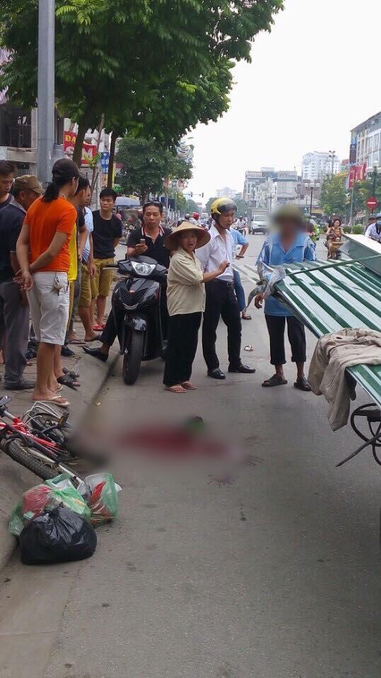 Chiều nay (27/3) xét xử lái xe chở tôn khiến bé trai 10 tuổi tử vong tại Hà Nội - Ảnh 1.