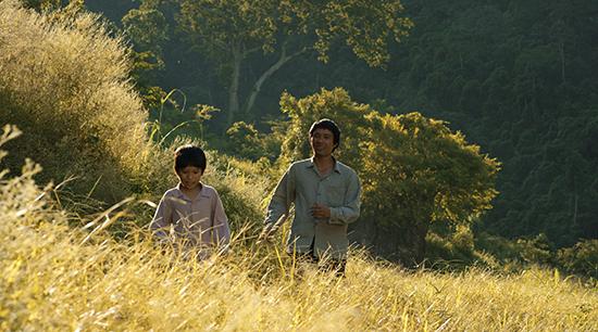 Đạo diễn phim Cha Cõng Con bức xúc trả lại bằng khen sau lễ trao giải Cánh Diều Vàng - Ảnh 3.