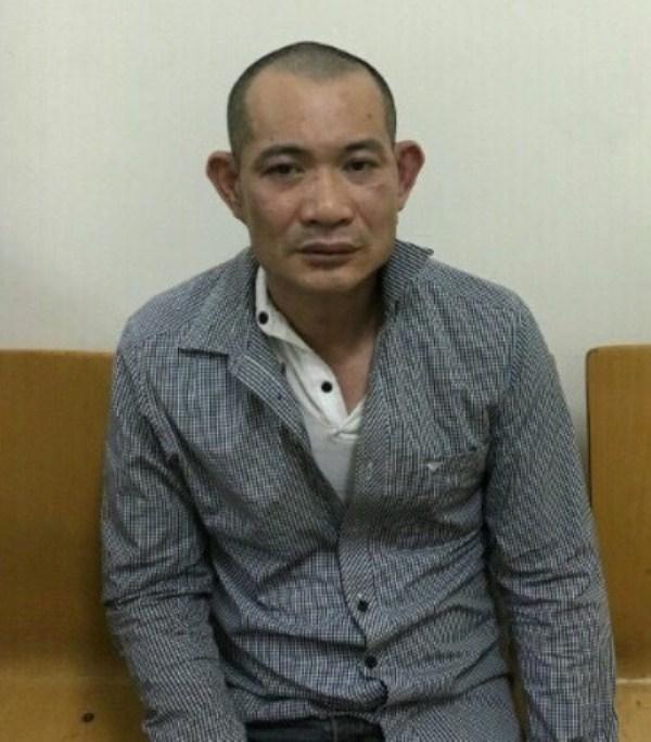 Chân dung nghi phạm dâm ô thiếu nữ 15 tuổi tại trung tâm thương mại ở Hà Nội - Ảnh 1.