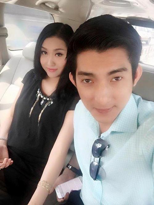 Trước khi ly hôn, vợ chồng Phi Thanh Vân đã yêu nhau hạnh phúc và cũng lắm ồn ào thế này! - Ảnh 1.