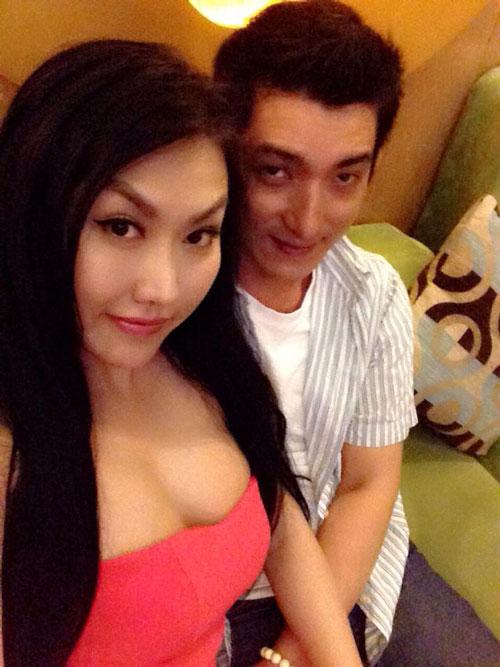 Trước khi ly hôn, vợ chồng Phi Thanh Vân đã yêu nhau hạnh phúc và cũng lắm ồn ào thế này! - Ảnh 2.
