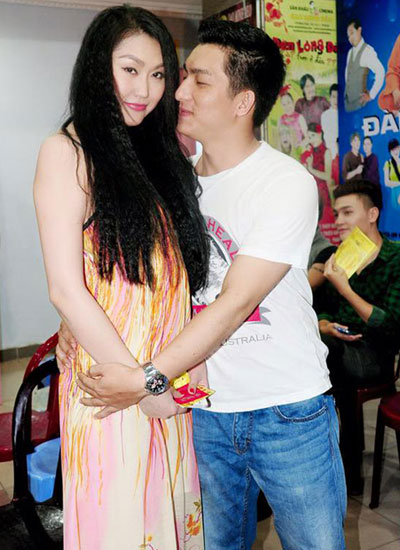 Trước khi ly hôn, vợ chồng Phi Thanh Vân đã yêu nhau hạnh phúc và cũng lắm ồn ào thế này! - Ảnh 6.