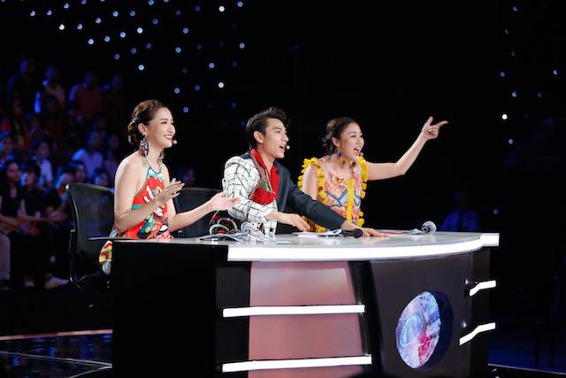 Hoàng Thùy mất thí sinh The Face đầu tiên, Minh Tú suýt nguy hiểm tại Next Top châu Á - Ảnh 11.