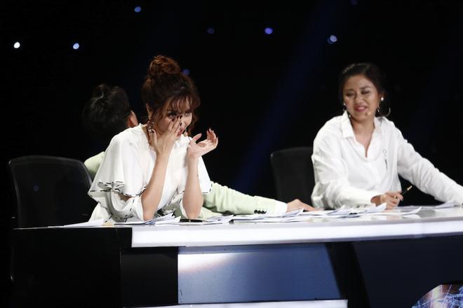 Top 4 The Voice lộ diện, Minh Tú lại ghi điểm tại Next Top châu Á - Ảnh 12.