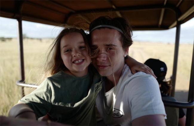 Harper Beckham: Công chúa tí hon trong vòng tay bố khiến cả thế giới phát cuồng giờ đã thành cô bé 6 tuổi phổng phao! - Ảnh 31.