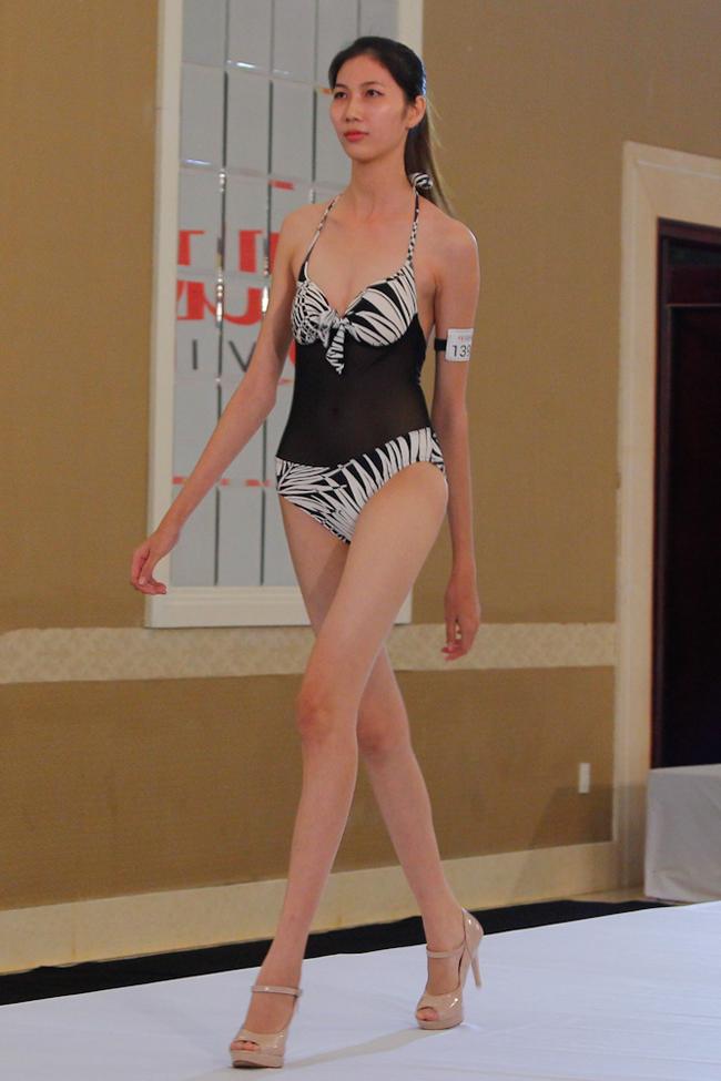 Hóa ra trong dàn All Stars năm nay của Next Top có cô nàng chân dài nhất làng mẫu! - Ảnh 1.
