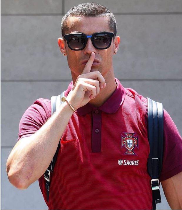 Ronaldo: Cách trả lời tốt nhất là im lặng - Ảnh 1.