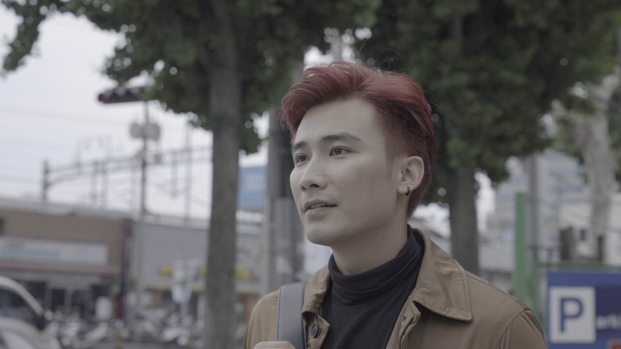 Chí Thiện đưa nhiều cảnh lãng mạn kinh điển của phim Hàn vào MV mới
