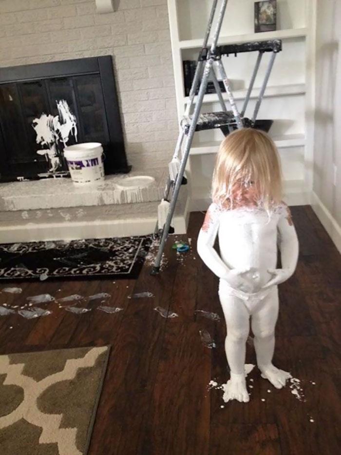 Mẹo nuôi con: 16 lý do bố mẹ không nên để lũ trẻ con tiểu yêu ở nhà một mình