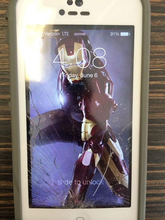 Điện thoại bị bể màn hình, 14 người này có cách chữa cháy để dùng không thể đỡ nổi - Ảnh 3.