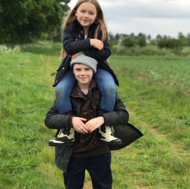 Harper Beckham: Công chúa tí hon trong vòng tay bố khiến cả thế giới phát cuồng giờ đã thành cô bé 6 tuổi phổng phao! - Ảnh 33.
