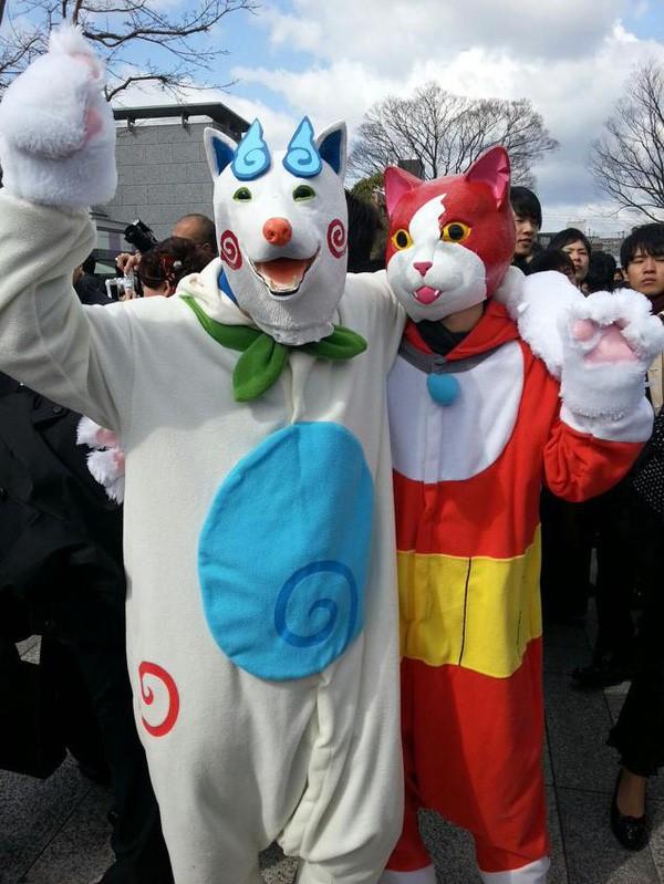 Ngày tốt nghiệp không khác gì lễ hội cosplay của sinh viên Nhật Bản! - ảnh 7