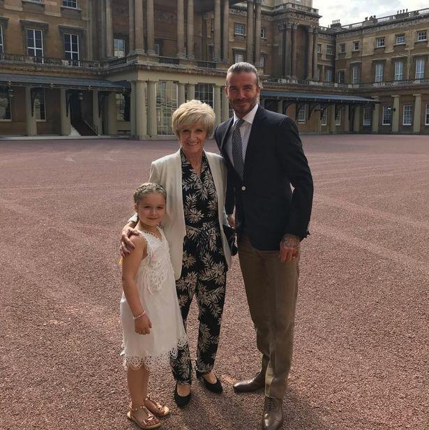 Bị chỉ trích vì tổ chức sinh nhật Harper trong Cung điện Hoàng gia, David Beckham nói gì? - Ảnh 4.
