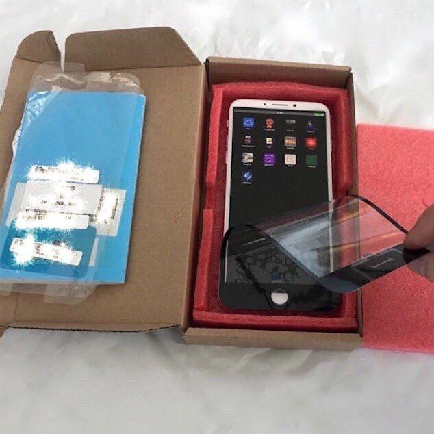 iPhone 8 tiếp tục xuất hiện bằng xương bằng thịt với thiết kế xấu không chịu được - Ảnh 2.
