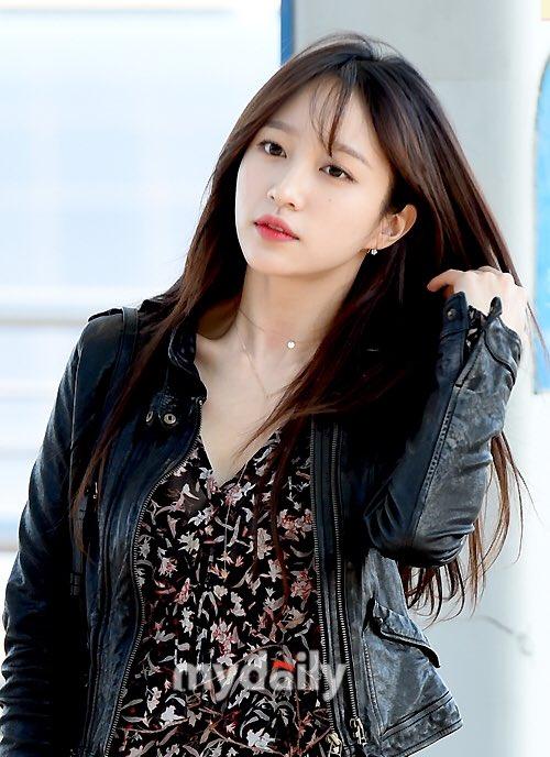 Chỉ bằng vài cái hất tóc, mỹ nhân này đã vươn lên đẳng cấp nhan sắc nữ thần của Suzy và Yoona - Ảnh 8.