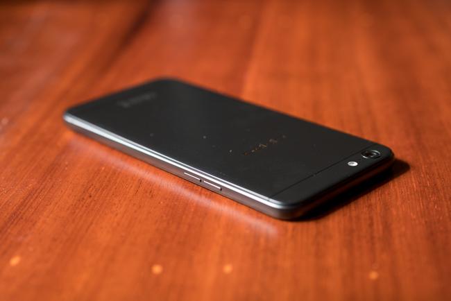 Mở hộp OPPO F3 Lite: thiết kế không thay đổi nhiều, camera selfie 16 chấm - Ảnh 6.