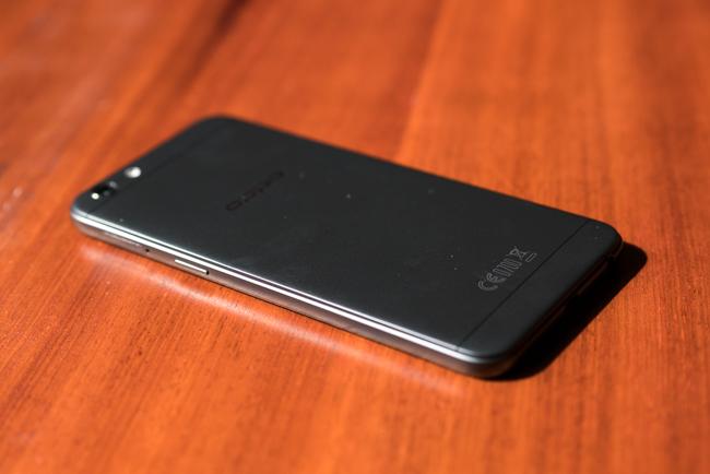 Mở hộp OPPO F3 Lite: thiết kế không thay đổi nhiều, camera selfie 16 chấm - Ảnh 8.