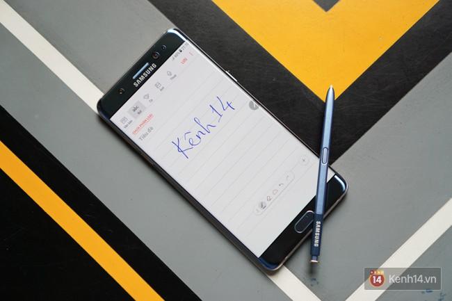 Mở hộp Galaxy Note FE chính hãng Việt Nam: còn gì tuyệt hơn một phiên bản dành riêng cho fan cứng dòng Note - Ảnh 11.