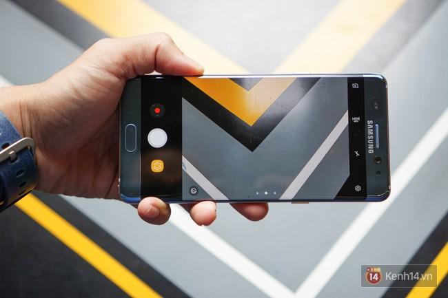 Mở hộp Galaxy Note FE chính hãng Việt Nam: còn gì tuyệt hơn một phiên bản dành riêng cho fan cứng dòng Note - Ảnh 15.
