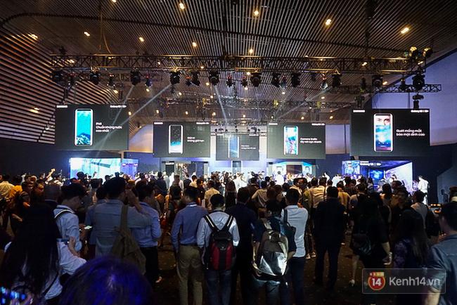 Cùng nhìn lại sự kiện ra mắt Samsung Galaxy S8 đầy thú vị và bất ngờ - Ảnh 3.