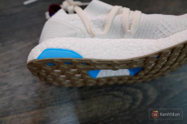 Review cận cảnh đôi adidas làm từ rác thải đại dương đã có mặt tại Việt Nam: đẹp - nhẹ và đế ngoài siêu bền - Ảnh 19.