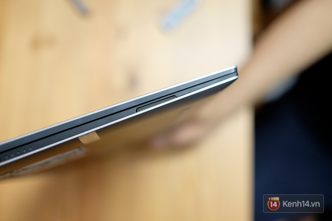 Cận cảnh laptop Dell XPS 13: thiết kế nhỏ gọn, màn hình lật 360 độ, có cả bút viết cảm ứng - Ảnh 10.