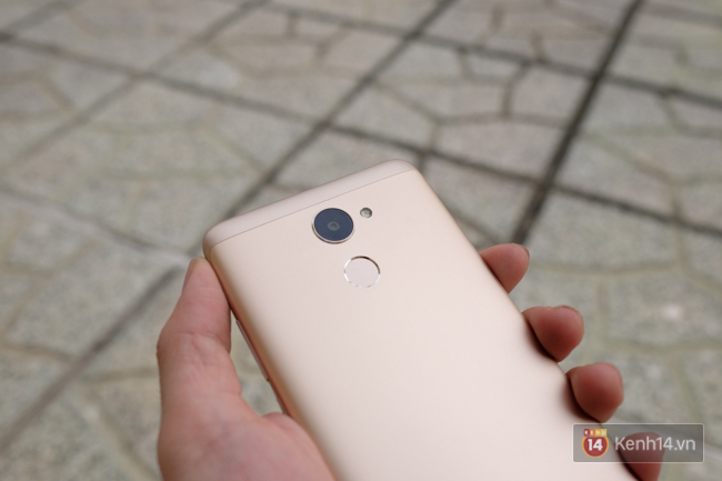 Đánh giá Huawei Y7 Prime: thiết kế khá đẹp, pin trâu, giá cả hợp lí - Ảnh 11.